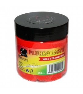 LK Baits Pasta do oklejania przynęt Fluoro Wild Strawberry 200 ml